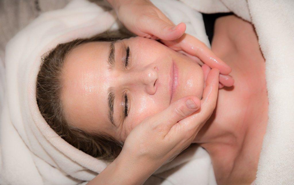 Linda-Boxshall-Massage-Therapist